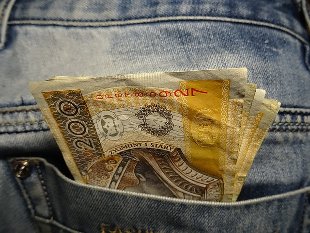 money-1235580_640